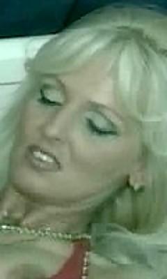 blondiner sprøjter