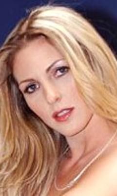 Roxanne Hall