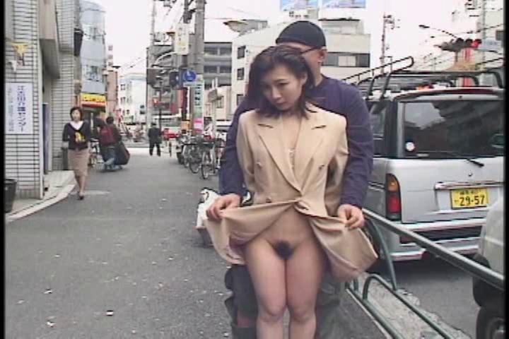 Miho horie exhibition cum walk tube