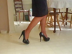 MILF shows off sexy feet in black stocking and heels
