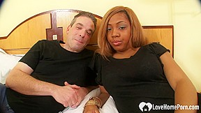 Glam amateur shemale blows her load