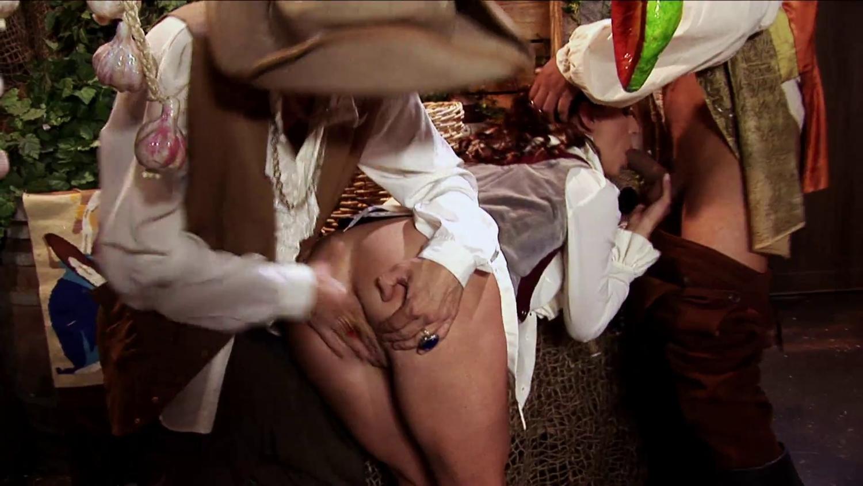 Пираты Напали На Девушек Порно Видео