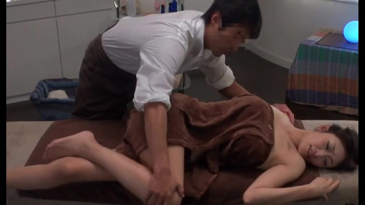 japnees sex massageshowering moms