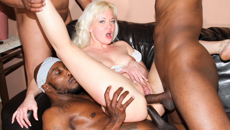 Whitney Grace,Devlin Weed,Wesley Pipes,Jon Jon in GangLand Cream Pie #26,  Scene #01 | Txxx.com