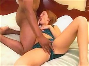 Mature amateur housewife bouncing on cock