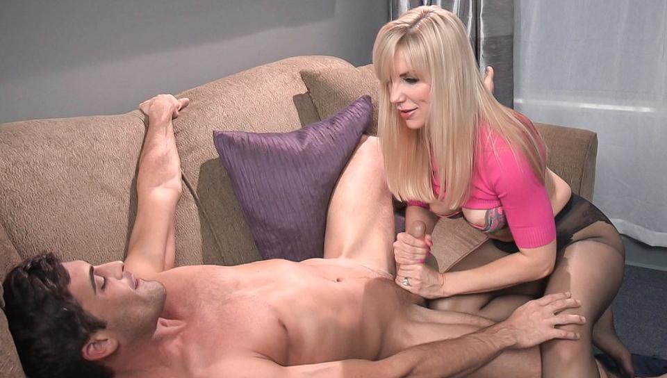 Amanda white big boobs videos