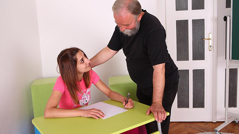 Teacher And Student Lesbian Xnxx