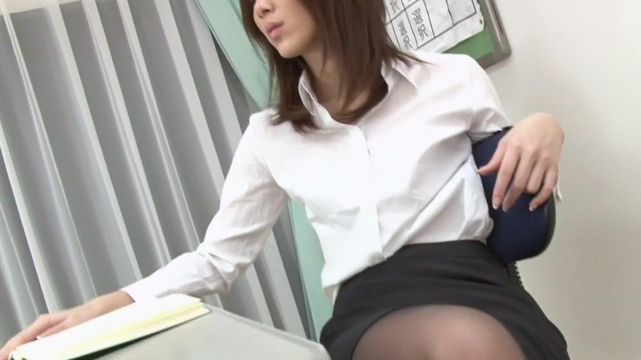 Đụ cô giáo sexy trong lớp học Riko Miyase