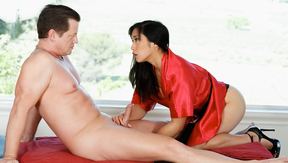 Asian strip video — photo 11