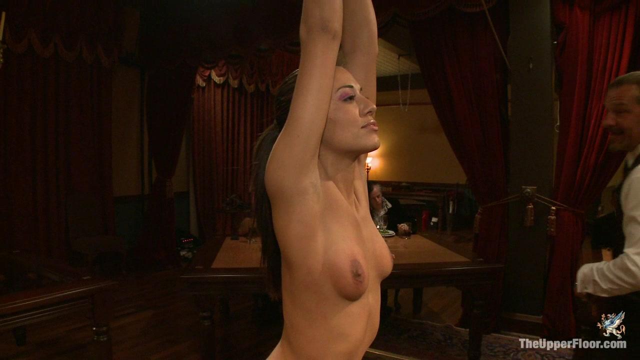 beautiful naked oriental women