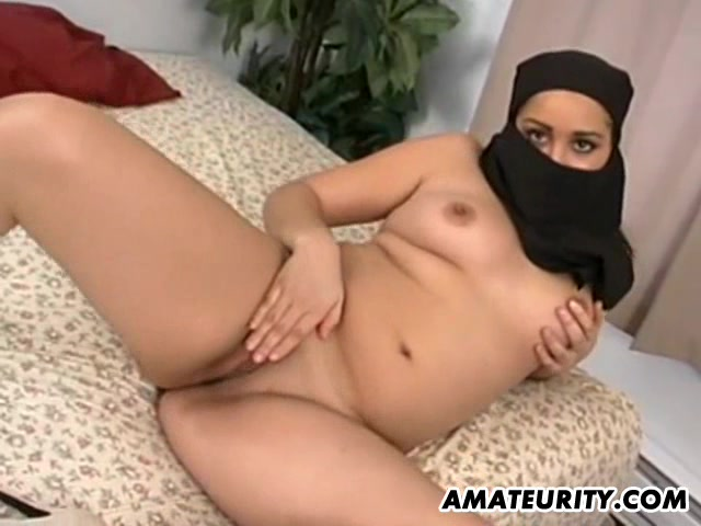 Arab Girlfriend Sucks And Fucks With Facial  Amateurity -1182