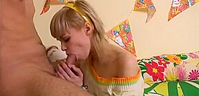 Q porn young blondes fucking vids