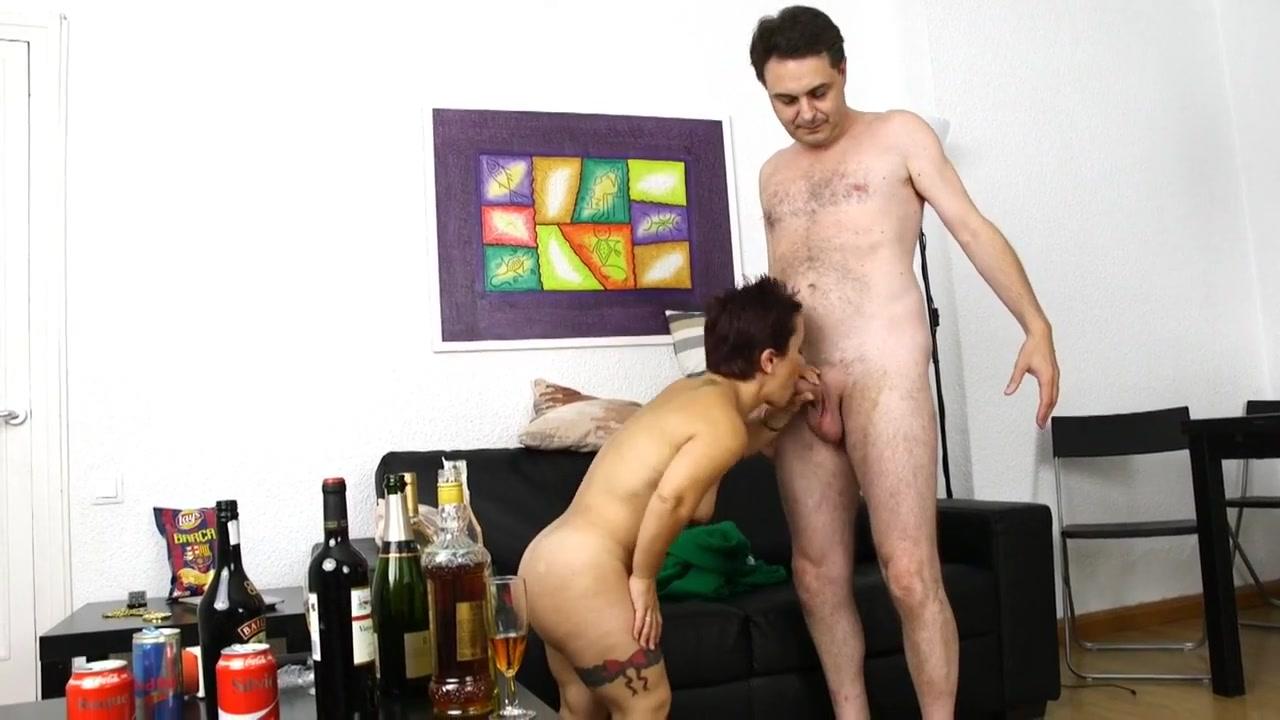 Showing Porn Images For Dwarf Sara Porn  Wwwhandy-Pornnet-9010