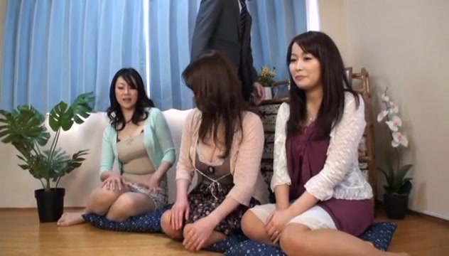 Mature japanese takes on gangbang