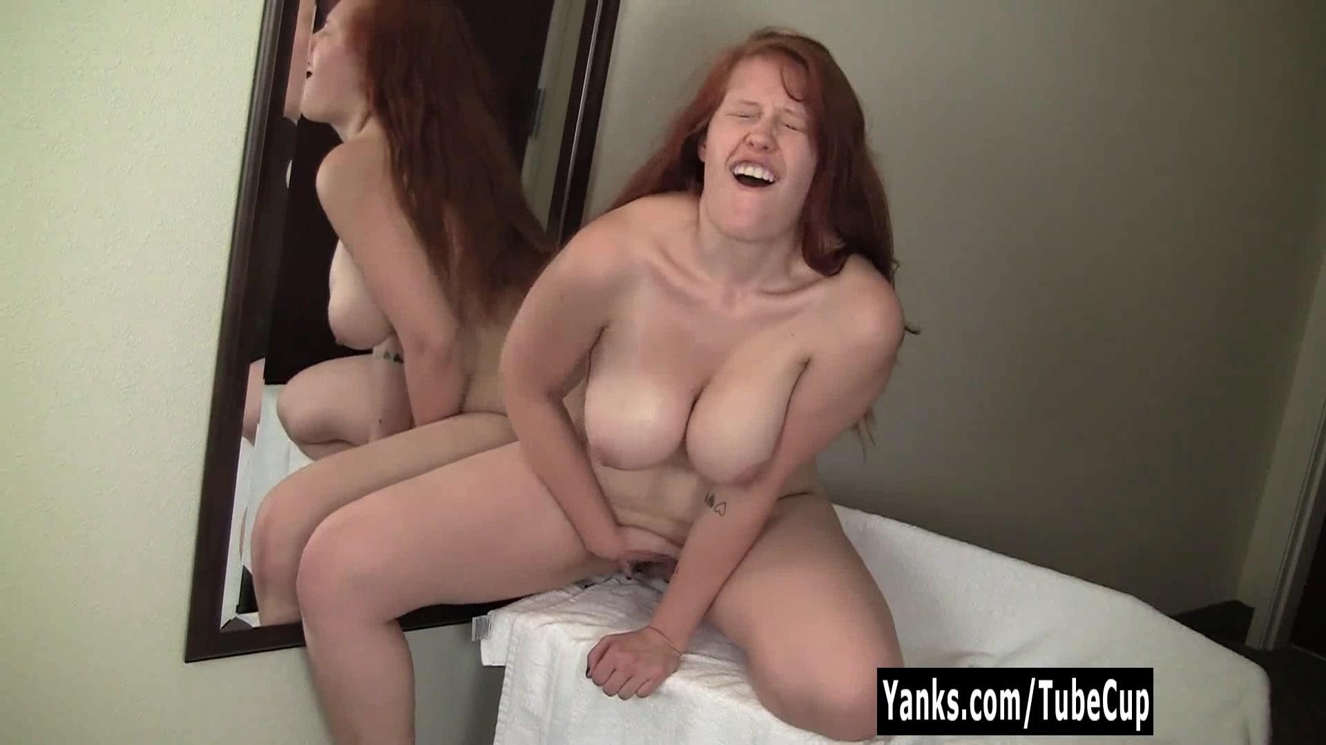 Redhead ginny masturbating her pussy tube