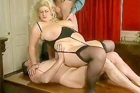 Amateurs her first double penetration