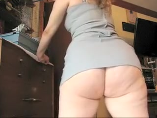 slut with a big ass  in the kitchen