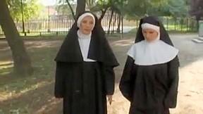 Auch Nonnen wollen ficken