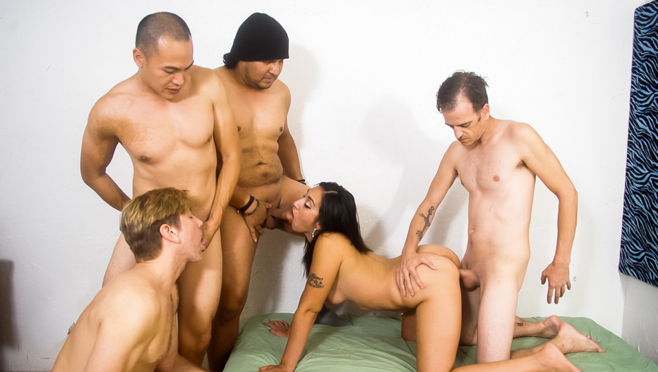 Gang bang mariah-7286