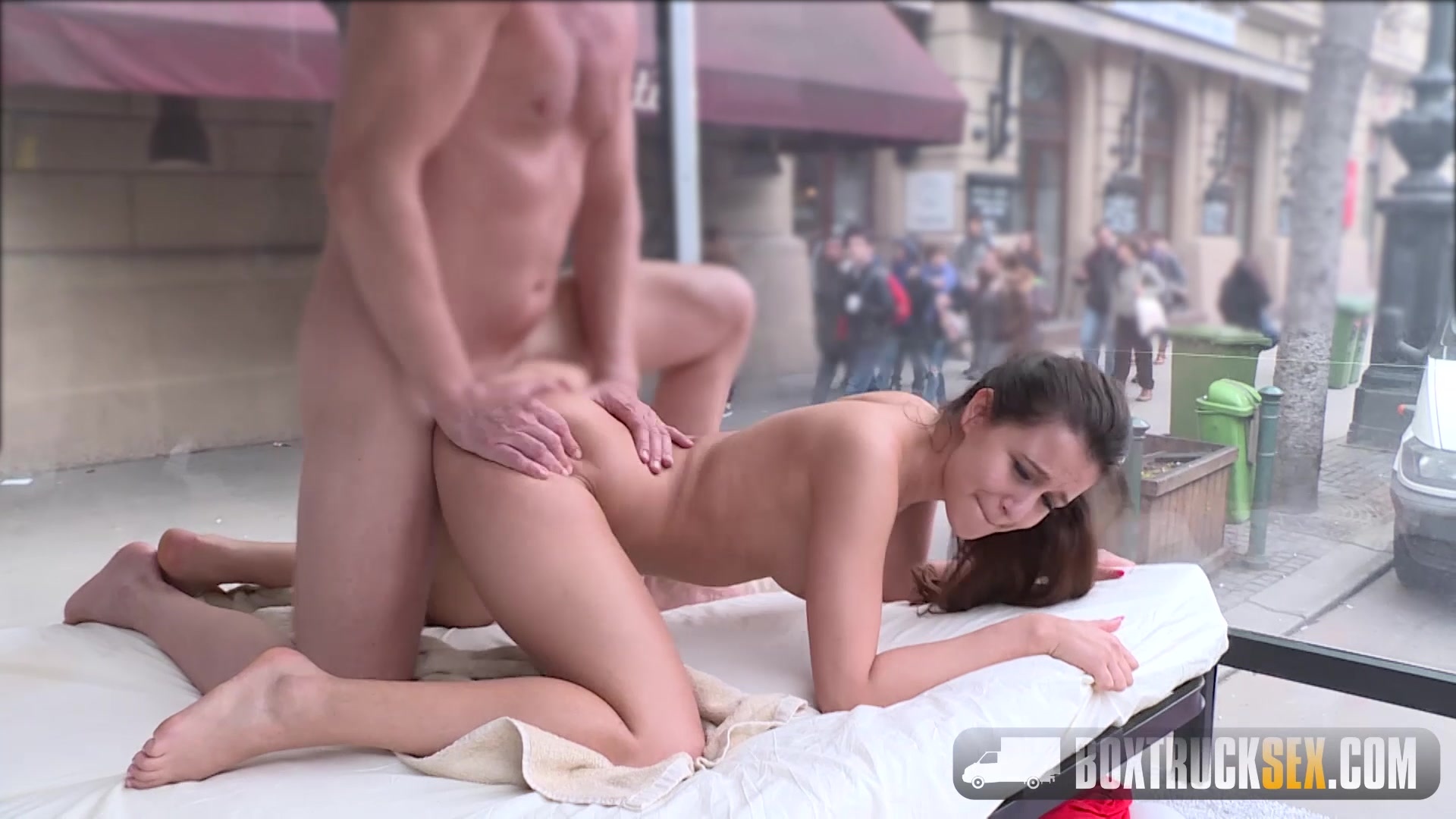 image Cindy loarn moans through her sex massage in public