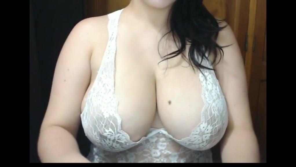 Latin with big boobs
