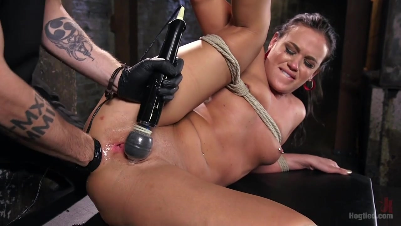 Dungeon anal fisting-4778