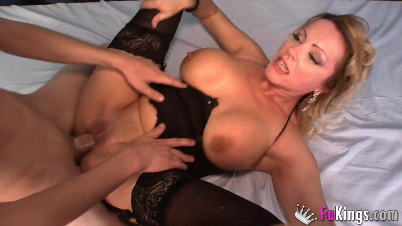 A true milf club: Bibians big boobs Vs Jordis head / Fa ...