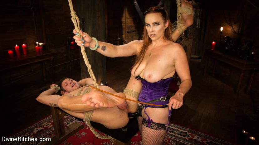 divine bitches porn pics