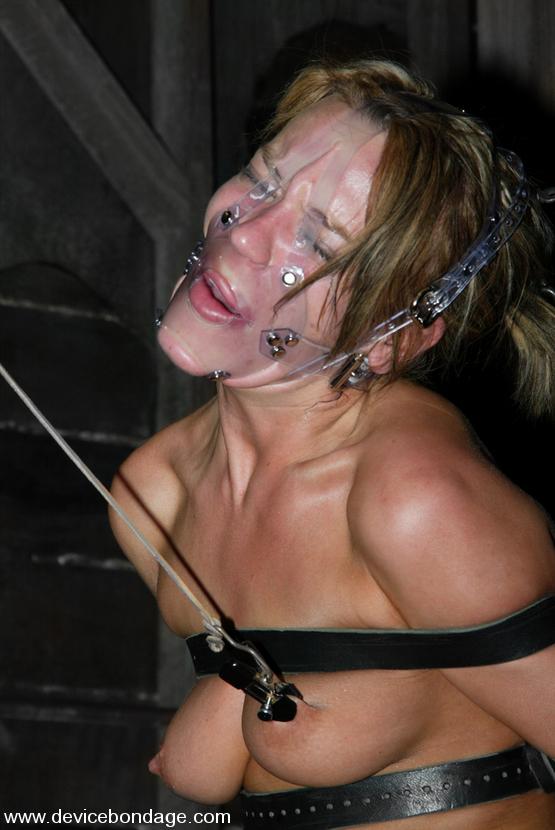 Holly Wellin In Bucking Bronco - Devicebondage  Device -5945