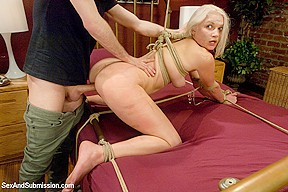Blonde chubby old granny masterbating