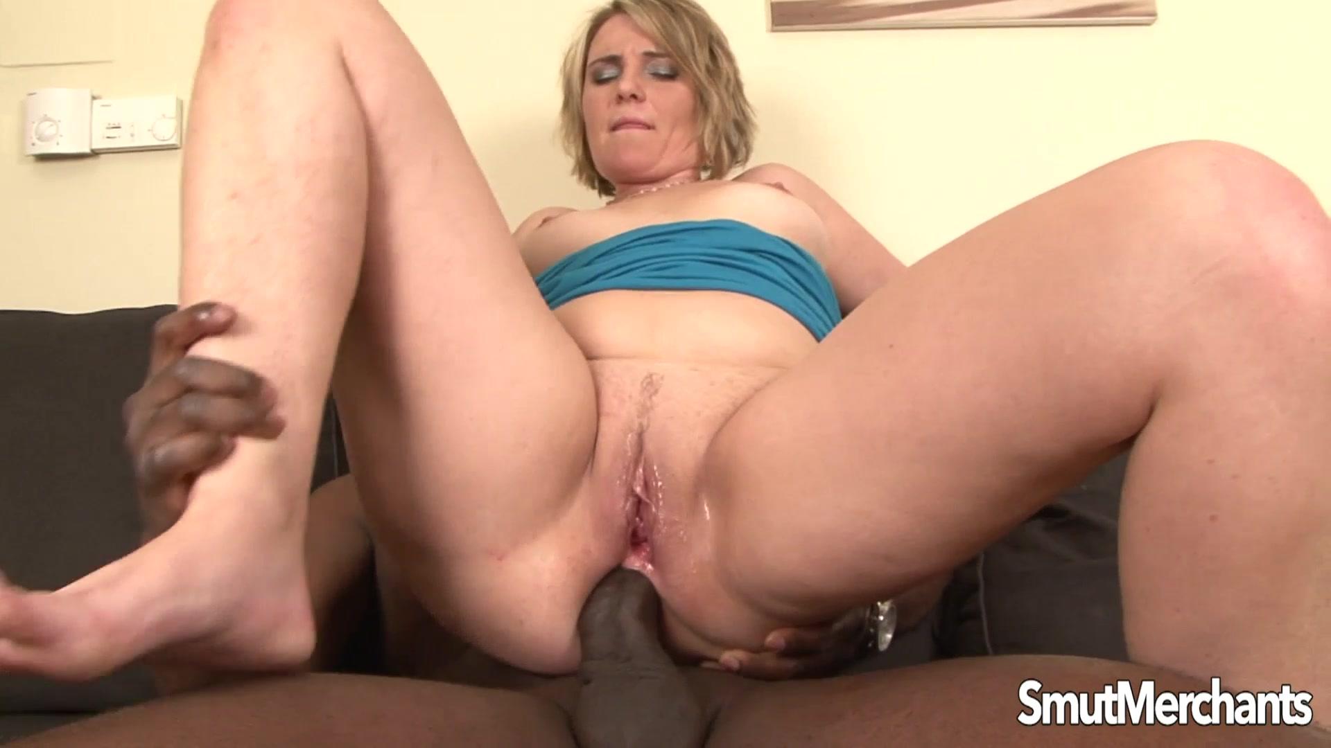 milf luisa takes black dick in her ass