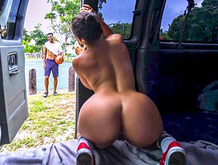 Amateur video Bang autobús reagan xxx