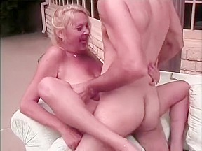 Free hairy pussy mature videos