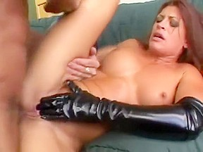 Teen squirts for first time