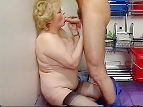 Hairy moms butt fucked