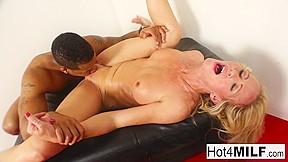 Porn star gauge videography