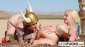 Hot lesbians good videos