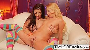 Mature lesbian entice seduce girl video