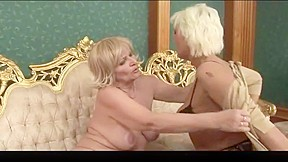 Lesbian bouncing tits on strapon