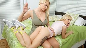 Free teen lesbian dilto
