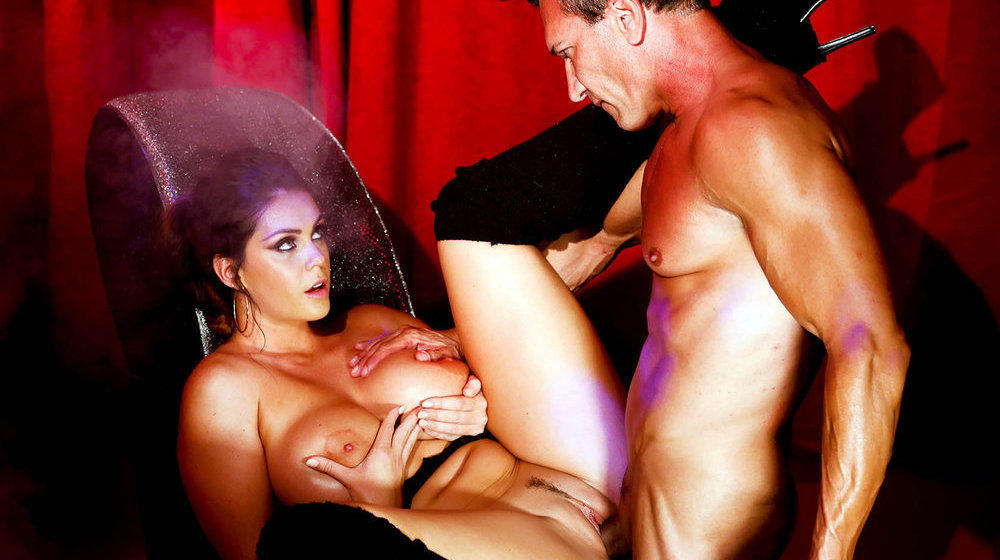 Airerose red head loves a mouthful 7