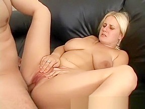 Big ass cow girl reverse creampie
