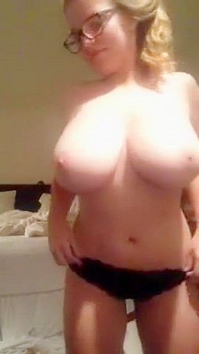 Bottle in pussy insertion porn