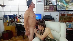 Wife want to cum then fuck