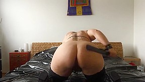 Bbw ravishes crater cunt bed