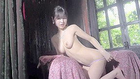 Huge insertion old pussy