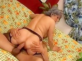 Lindsey lohan video boobs