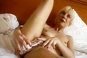 Sexy milf porn pic gallery