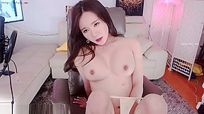 Pussy eating maid videos