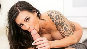 Mature nude brunette video